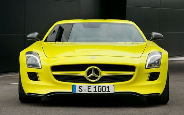 Green Car Of The Future: Mercedes SLS AMG E-CELL
