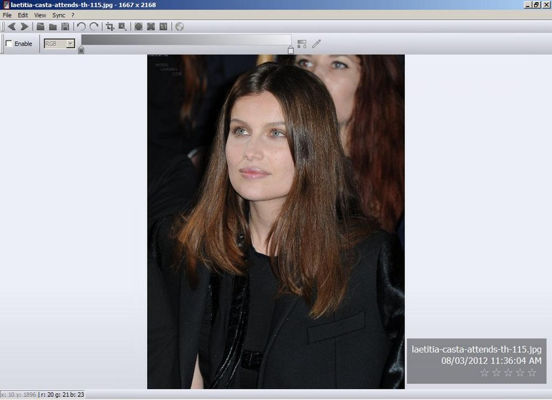 Freeware multi-platform image viewer: nomacs